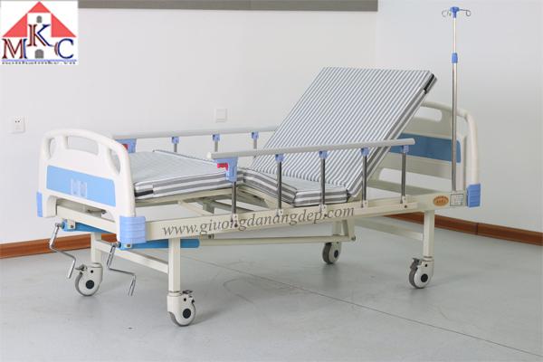 Giường bệnh tay quay MKC-Medical  có 4 chức năng (còn hàng)